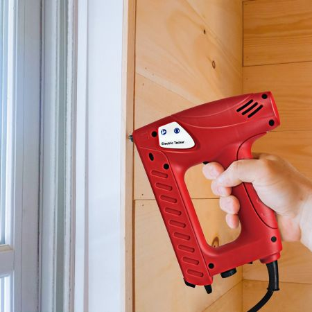 Costway Grapadora Eléctrica 220-240 V con Pistola de Clavos para Tapizados  Incluye 800 Grapas de 1,4 cm y 200 Clavos de 1,5 cm Rojo 19 x 23 x 6 cm