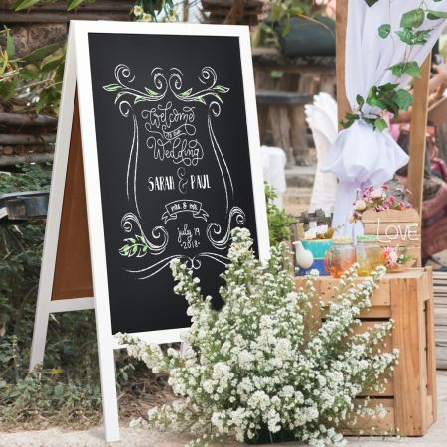 Costway Pizarra Magnética de Doble Cara Trípode Plegable de Madera con Borrador y Tiza para Mensajes Empresas o Casamientos Blanco 50 x 53 x 98 cm